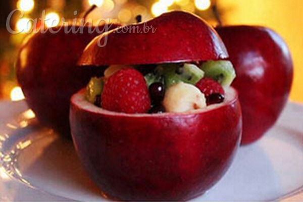 Mesa de frutas inovando na apresentaç u00e3o Catering com br -> Decoração De Frutas Para Mesa